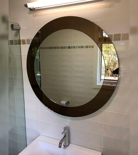 mirror img 4