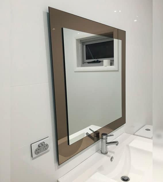 mirror img 6